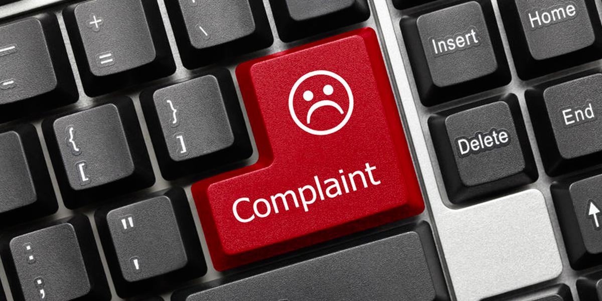 Keyboard showing a complaint key.